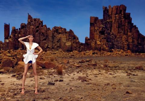 Mola user: Fiona Quinn - M2 Desert Sun